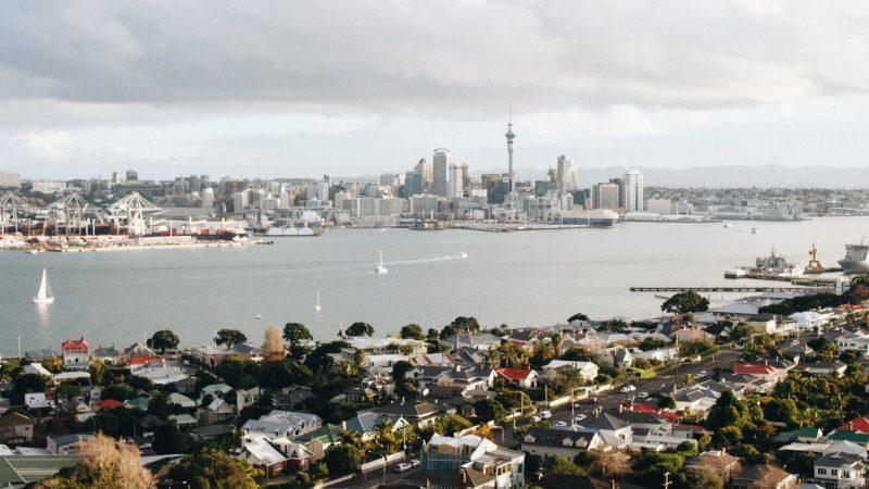 Destination Europe : Direction Amsterdam et Auckland
